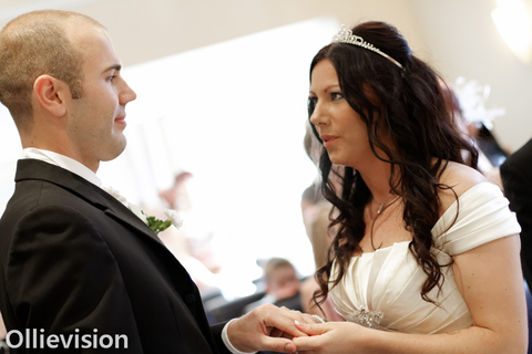 wedding photography offers, female photographers, photo booth wedding hire