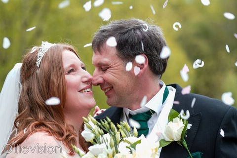 photographers chevin country park hotel wedding, chevin lodge hotel weddings, chevin lodge hotel photographers