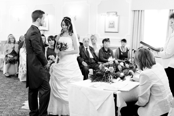 wedding photographers leeds, wedding photographer leeds, wedding photos Tong marriott hotel, photographers leeds