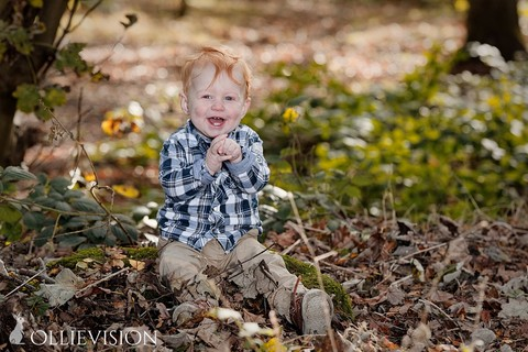 Leeds child portrait photographer, family photography Leeds, Pudsey, Horsforth, Cookridge, Headingley, Adel, Bramhope