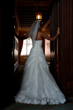 Menzies Welcombe hotel, Stratford upon Avon, wedding ceremony, bride, hotel weddings in Stratford