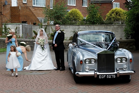 wedding photographers in Garforth, friendly wedding photography
