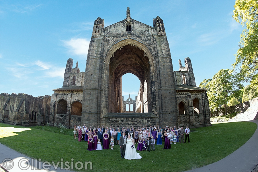 Kirkstall Abbey, wedding photographers Leeds, LS5 photographers, wedding photos at Kirkstall abbey, leeds weddings