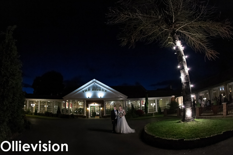 The bridge hotel, west yorkshire wedding, find a wedding photographer, wedding photography packages, top wedding photographers Yorkshire, wedding photographer Yorkshire, Bridge hotel wetherby wedding