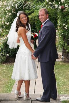 wedding photographer in Leeds, Wakefield, Pudsey, Town Hall, Bradford, Otley, Roundhay, Guiseley