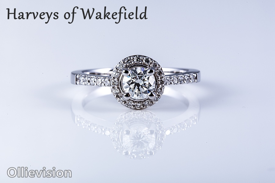 Leeds jewellery photographer, insurance valuation photography, small product photographer, ebay photography