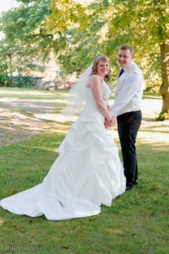recommended wedding photographers in Morley, wedding photographers Drighlington, modern wedding photography Morley