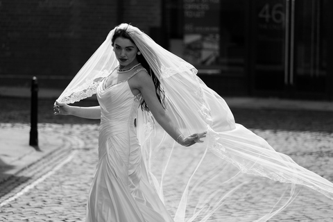 bride, Leeds wedding photography, wedding photographer for Leeds parish church, Yorkshire, St Peters at Leeds cathedral